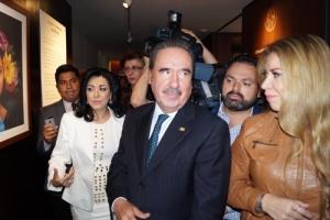 """21f0de242e41 Senadora Lucero Saldaña inaugura la exposición """"Orgullo y tradición de  México"""